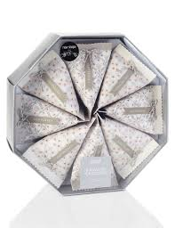 8 silver favour christmas crackers m u0026s