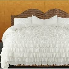 Ruffle Bedding Shabby Chic by Beautiful White Ruffled Bedspread Set 3pc Shabby Chic Chiffon