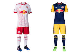 Flag With 2 Red Stripes And 1 White 2017 Mls Uniforms Critiquing Every Team U0027s Jersey Photos Si Com