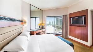 5 star bangkok accommodation rooms royal orchid sheraton club junior riverview suite