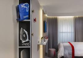 Curtain Shops In Stockport Book Holiday Inn Express Stockport In Stockport Hotels Com