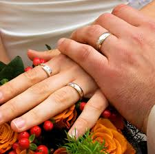 most comfortable wedding band choosing the right wedding bands aelida
