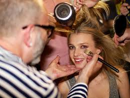 how to be a makeup artist how to become a freelance makeup artist avalon school of cosmetology