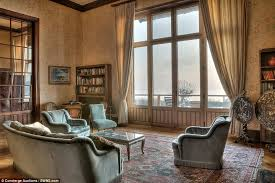 Home Of The Eifell Tower Lake Geneva Mansion By Eiffel Tower Designer Up For Sale Daily