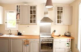 meuble cuisine couleur taupe cuisine vert anis avec meuble cuisine vert anis cool charmant meuble