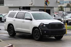 toyota sequoia spied is toyota updating the tundra and sequoia for 2018