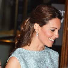 kate middleton half up hairstyle hair pictures popsugar beauty uk