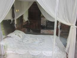file mary plantation guest house inside bedroom jpg wikimedia
