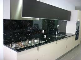 plaque granit cuisine granit pour cuisine valgra sud granit noir via lactea poli plan de