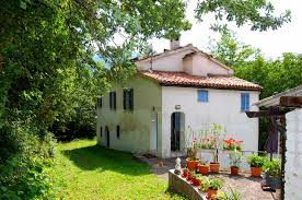 two single houses for sale with garden in sarnano le marche