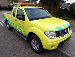 yellow nissan truck file nissan navara 2 5 dci king cab 4wd dpf rijkswaterstaat 1