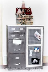 Metal Filing Cabinet Makeover 25 Unique File Cabinet Makeovers Ideas On Pinterest Filing