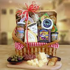 fruit and cheese gift baskets the classic california cheese picnic gift california delicious