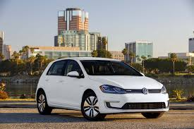 volkswagen 2017 volkswagen e golf first drive review automobile magazine