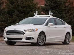 voiture ford fusion hybrid le laboratoire roulant de ford pour la voiture autonome