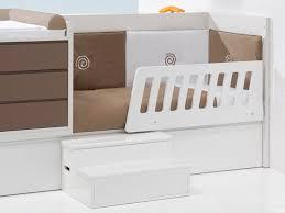 chambre evolutive pour bebe lit combiné évolutif bébé konver en bois