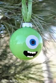 fanatic 7th day of blogmas diy ornaments