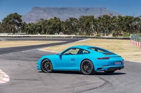 porsche 911 back seat premières impressions porsche 911 carrera gts 2017 motor trend