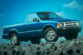 mitsubishi mini truck bed size 2015 chevrolet colorado marks six generations of small chevy trucks