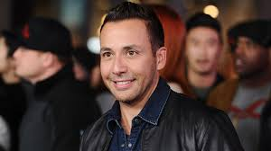 exclusive howie dorough on juggling work with fatherhood u0026 how