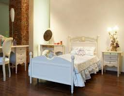 Classic Bed Designs Bedroom Classic Bedroom Design With Single Bed And White Decor