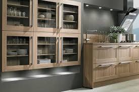 modele de cuisine rustique modèle de cuisine équipée sur mesure de style rustique proposé par l