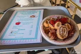 what does the word cuisine 11 reasons i the disney dining plan