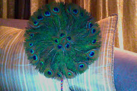 peacock feather fan peacock feather fan by puffugu on deviantart