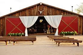 Rustic Barn Wedding Venues Photo Gallery Wedding A Rustic Barn Wedding Venue