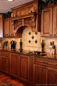 Tuscan Kitchen Design Style  Decor Ideas - Tuscan style backsplash