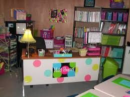 best 25 decorate teacher desk ideas on pinterest teacher desks