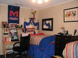 Small College Bedroom Design College Dorm Room Decorating Ideas The Creative Dorm Room