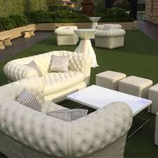 canapé chesterfield blanc location canapé chesterfield gonflable blanc 2 pl mobilier design