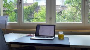 Laptop Desk Setup The Minimalist Coder Desk Desk Hunt