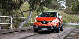 captur renault black honda hr v vti s v renault captur dynamique comparison review