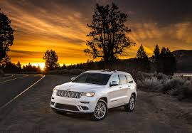 jeep grand cherokee green jeep grand cherokee hellcat trailhawk reportedly green lit for