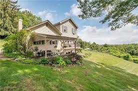 Home Design District West Hartford Ct 142 Brookmoor Rd West Hartford Ct 06107 Realtor Com