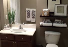 small bathroom ideas decor entranching best 25 small bathroom decorating ideas on