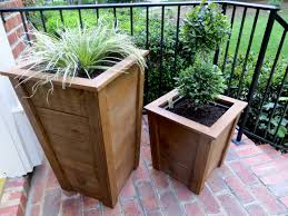 diy tutorial decorative wood planter boxes the project lady