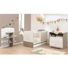 chambre bebe aubert chambre martin chambres classiques aubert special bébé idée
