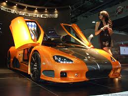 koenigsegg ultimate aero ssc ultimate aero xtby american cars american girls
