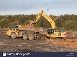 digger yellow earth moving mover dig 360 bucket scoop soil quarry