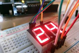 led display brightness controller circuit