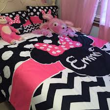 personalized minnie mouse ears with bow bedding set by