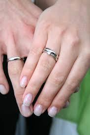 verlobungsring tragen vorsteckring und ehering alle guten ideen über die ehe
