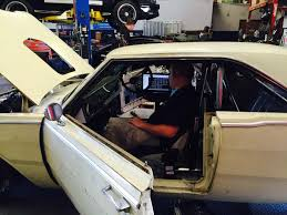 hellcat engine swap diablosport helps gas monkey build winning hellcat swap car
