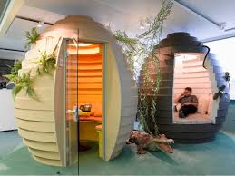 fascinating photos show best and worst office designs gbcn