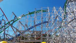Six Flags Magic Mountain Opening Hours Magic Mountain U0027s Twisted Colossus Nears Completion