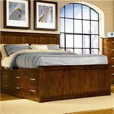 Captains Pedestal Bed Tradewins Town House Queen Pedestal Bed With 9 Storage Drawers