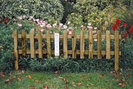 delighful fencing for gardens 10 garden fence ideas that truly